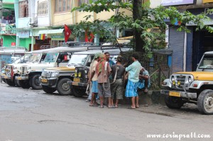 Porters and taxis, Singtam, Sikkim, India