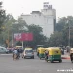 Roundabout, traffic, New Delhi