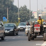 Tractor, traffic, New Delhi, road